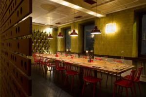 Weinstockwerk (Tisch)